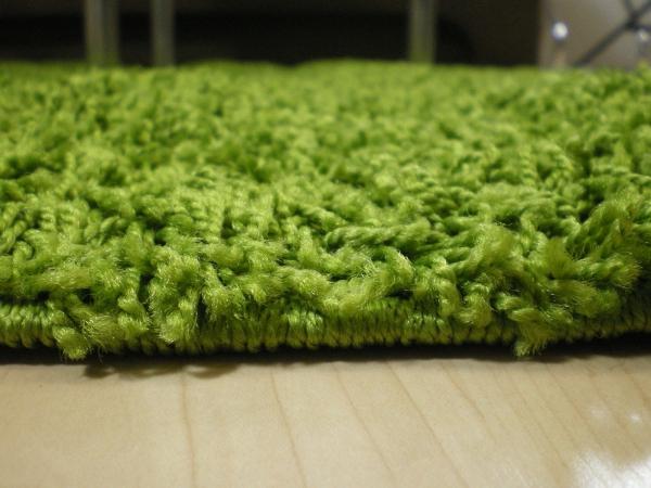 Teppichkiste  Shaggy Teppich Baly grün 80 x 150 cm